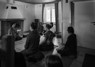 Medytacja buddyzmu Therewada z Michałem Frydrychem