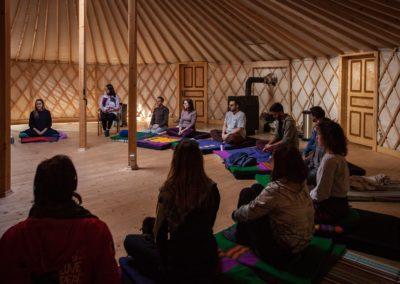 Wprowadzenie do mindfulness z Magą Korbel - Serce Ciszy